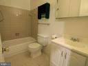 Full Owners Bath Upstairs - 3803 EL CAMINO PL #27, ALEXANDRIA