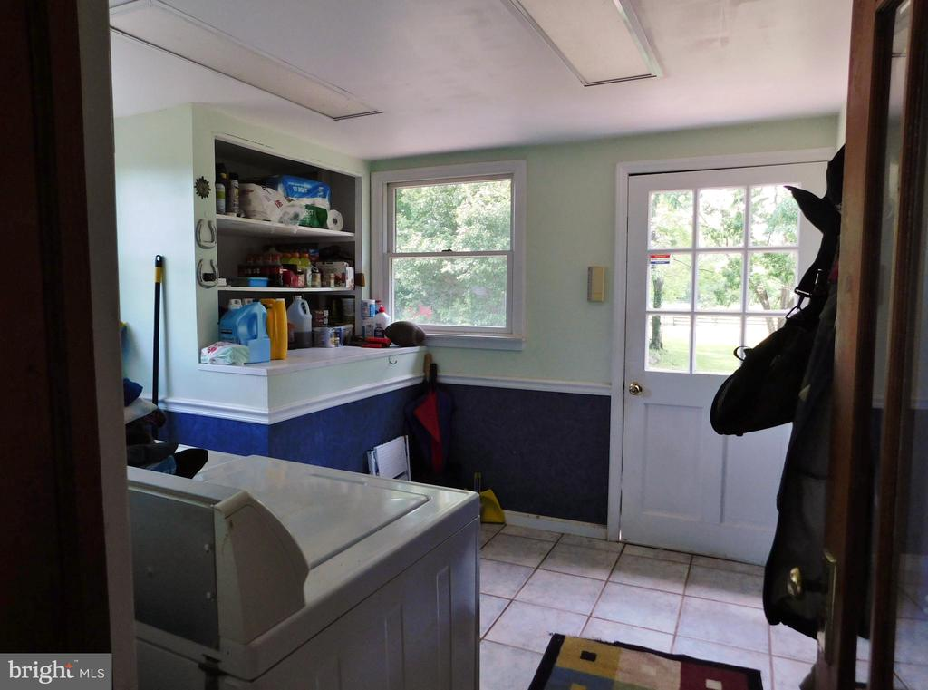 Frist Floor Laundry/Mudroom - 420 RUSSELL RD, BERRYVILLE