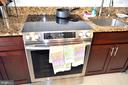 Granite counter tops with New Appliances - 3636 MCDOWELL CT, DUMFRIES