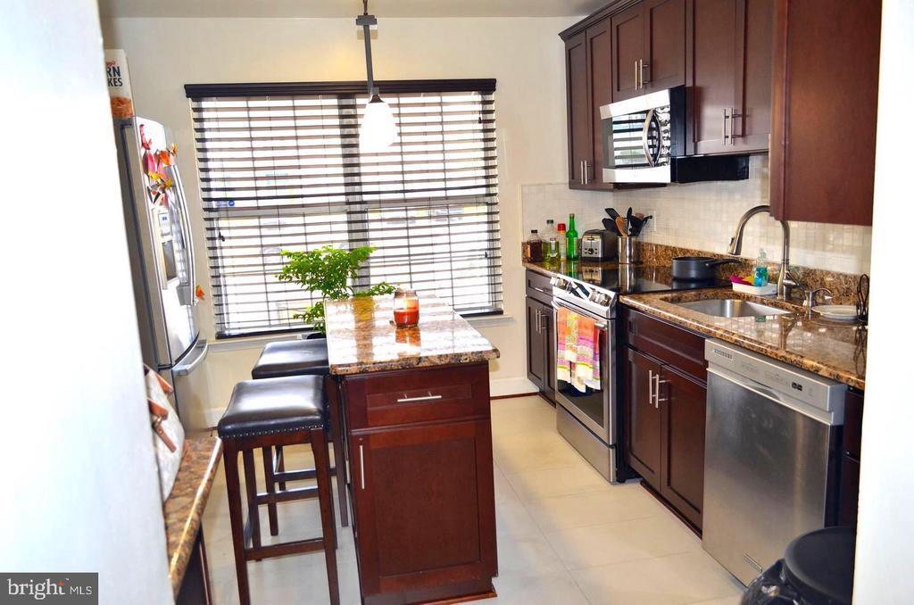 Kitchen - 3636 MCDOWELL CT, DUMFRIES