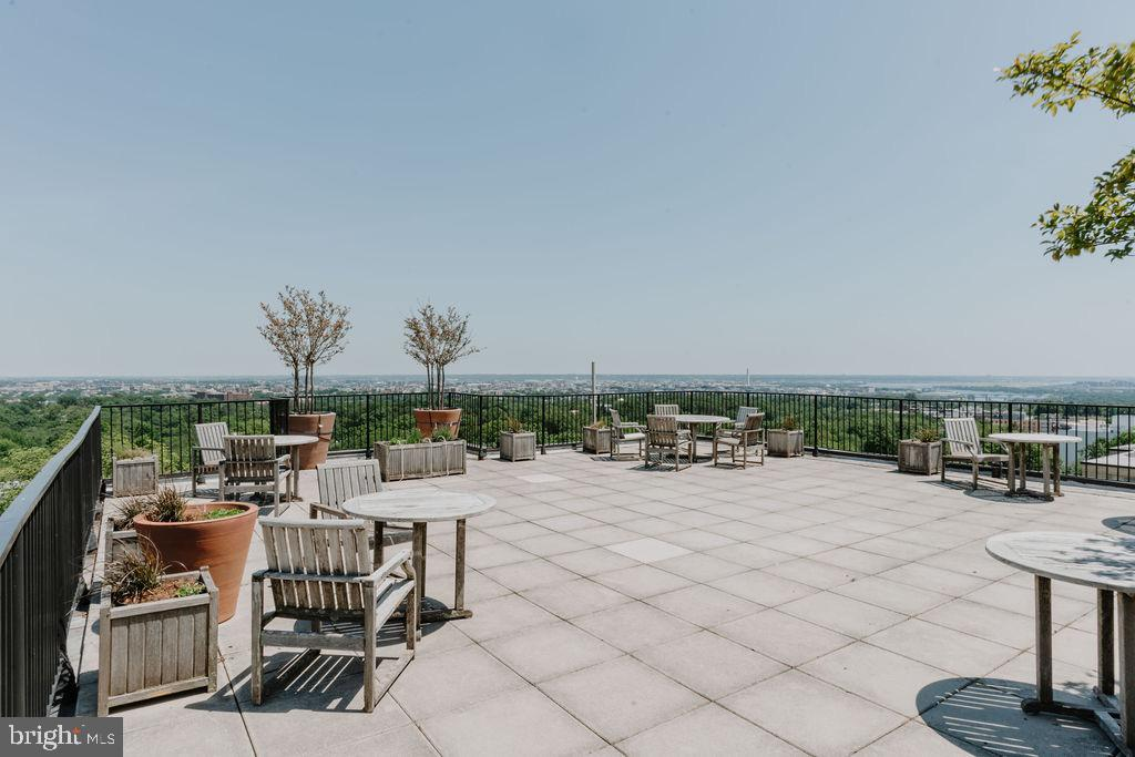 You can see Reston and Tysons from the deck! - 2720 WISCONSIN AVE NW #703, WASHINGTON