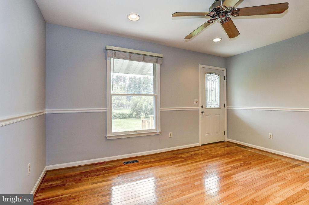 Living Room - 640 W WATERSVILLE RD, MOUNT AIRY