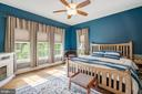 The owners suite with tree line views - 17037 SILVER ARROW DR, DUMFRIES