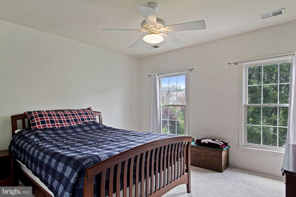 Second bedroom - 1114 HEARTFIELDS DR, SILVER SPRING