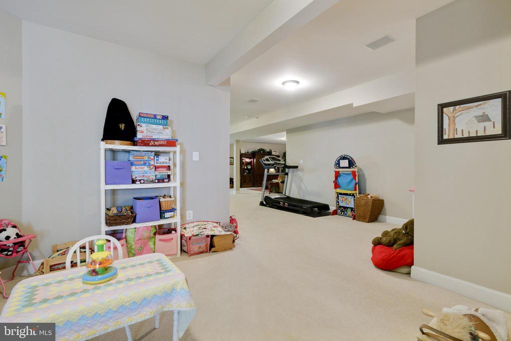 Play Room - 6191 TREYWOOD LN, MANASSAS