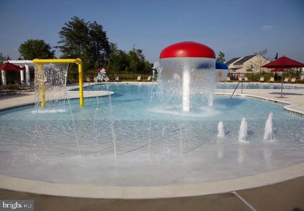 Community Pool - 38 HUNTING CREEK LN, STAFFORD