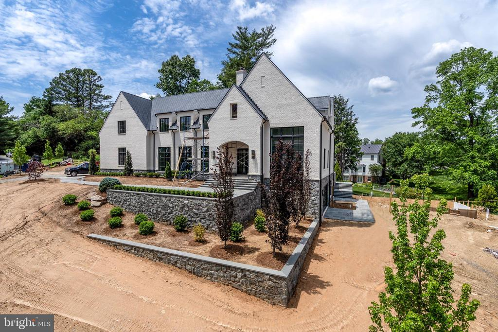 The vision of luxury homebuilder Griffin Moran - 1004 DOGUE HILL LN, MCLEAN