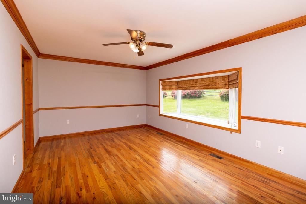 Living Room - 15605 KELBAUGH RD, THURMONT
