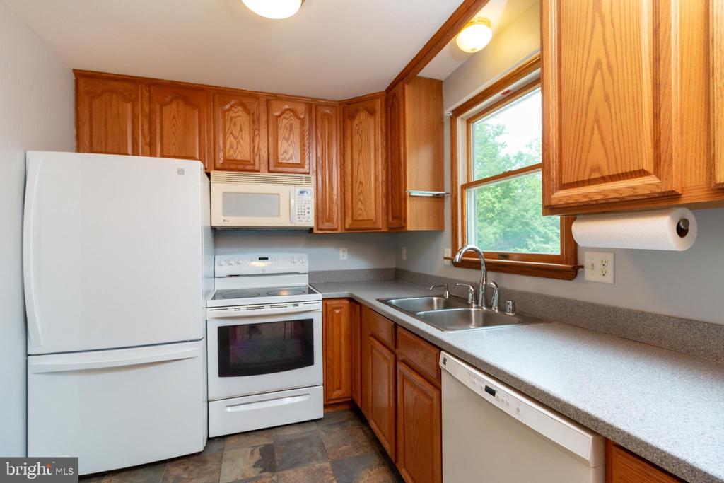 Kitchen - 15605 KELBAUGH RD, THURMONT