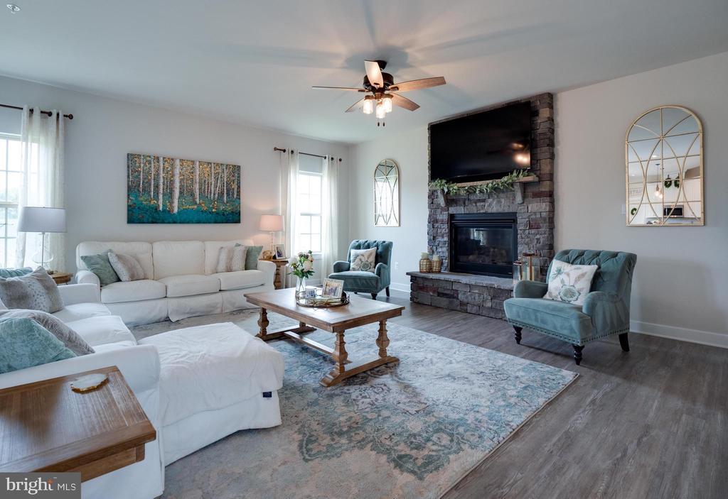 Family Room - 6877 WOODRIDGE RD, NEW MARKET