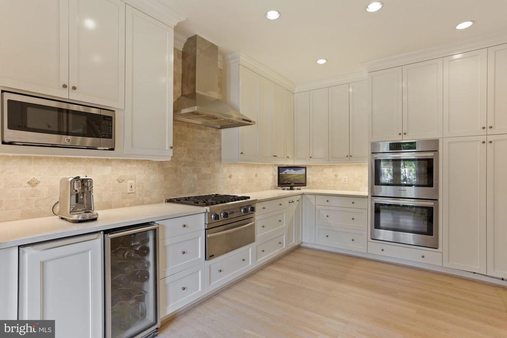 Kitchen - 3049 WEST LANE KEYS NW, WASHINGTON