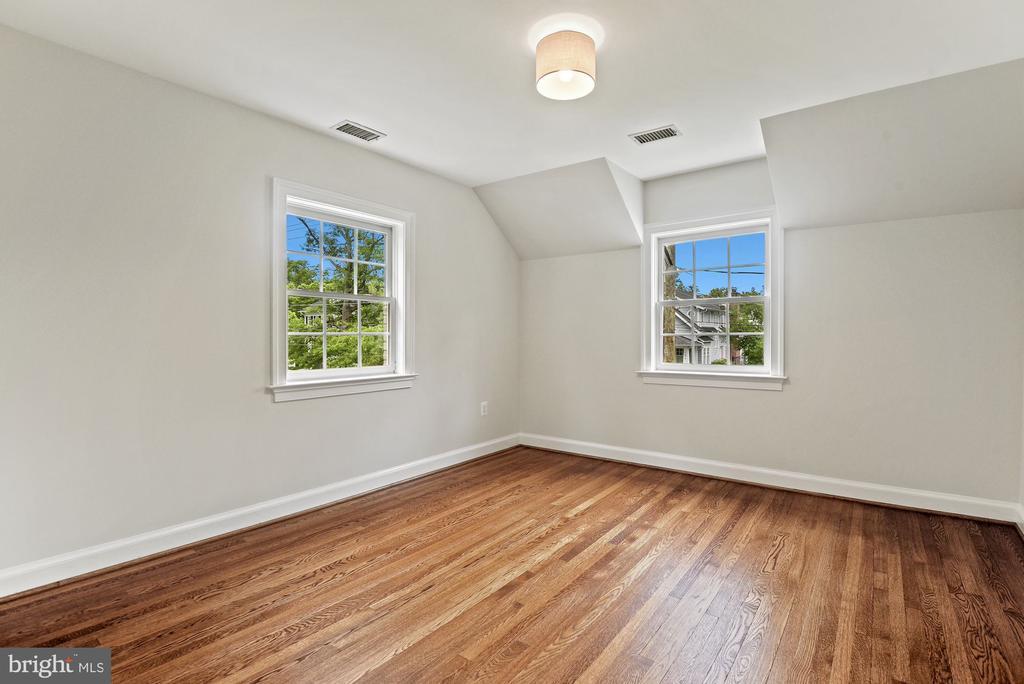 Bedroom 2 front bedroom, large closet - 7907 GLENBROOK RD, BETHESDA