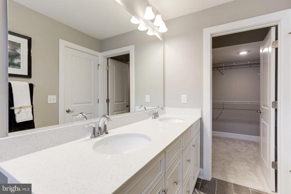 Primary Bathroom - 1234 MEADOWLARK GLEN RD, DUMFRIES