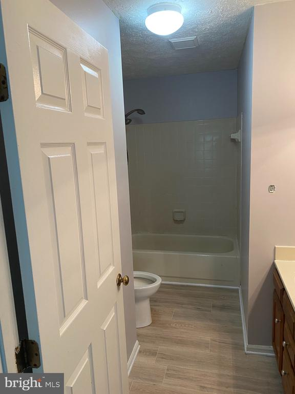 Upstairs Bathroom (2) - 53 EUSTACE RD, STAFFORD