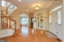 Inviting Grand Entrance - 504 PAGE ST, BERRYVILLE