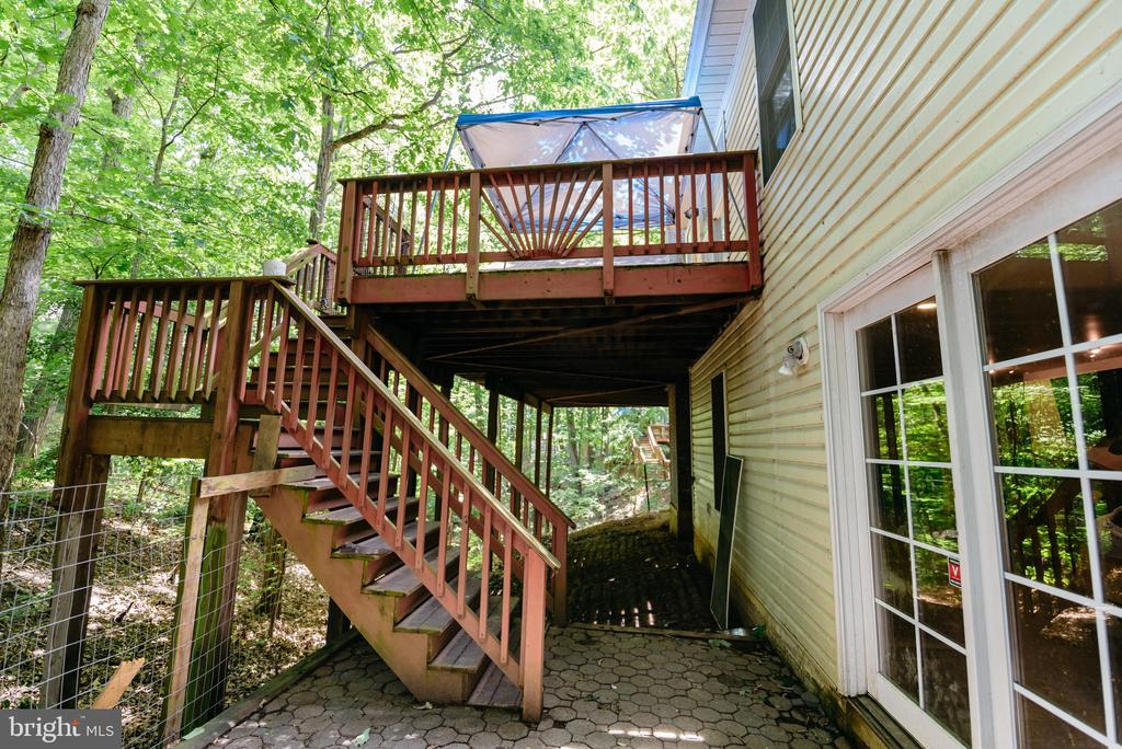 - 1025 HARBOUR DR, STAFFORD