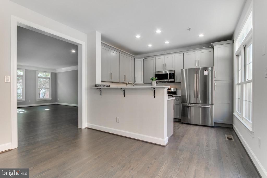 Kitchen - 1328 N ADAMS CT, ARLINGTON
