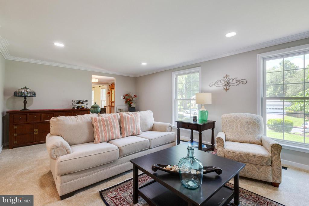 Living Room - 4290 CANDLESTICK CT, DUMFRIES