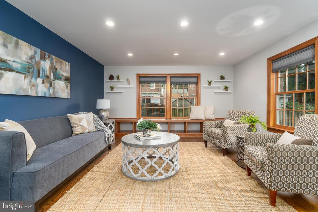 Expanded family room - 2740 S TROY ST, ARLINGTON