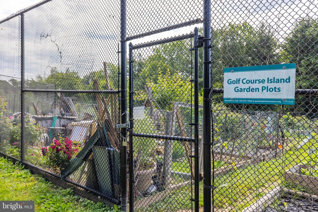 Community Garden Plots - 11300 LINKS CT, RESTON