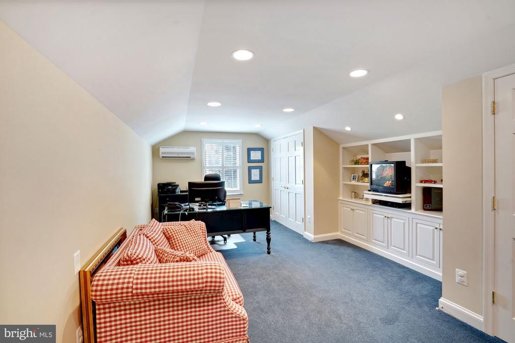 Upper Level Bedroom 4 - 10910 BELMONT BLVD, LORTON