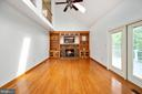 Gorgeous Built-In Bookcases - 9 OAKBROOK CT, STAFFORD