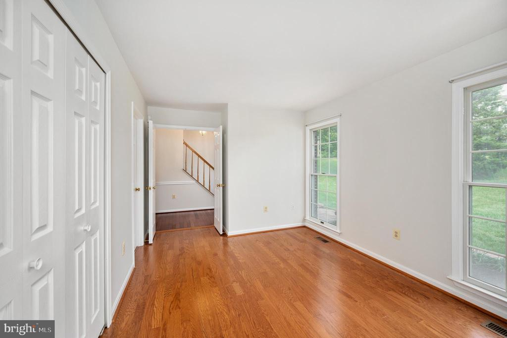 Entry Level Bedroom - 9 OAKBROOK CT, STAFFORD
