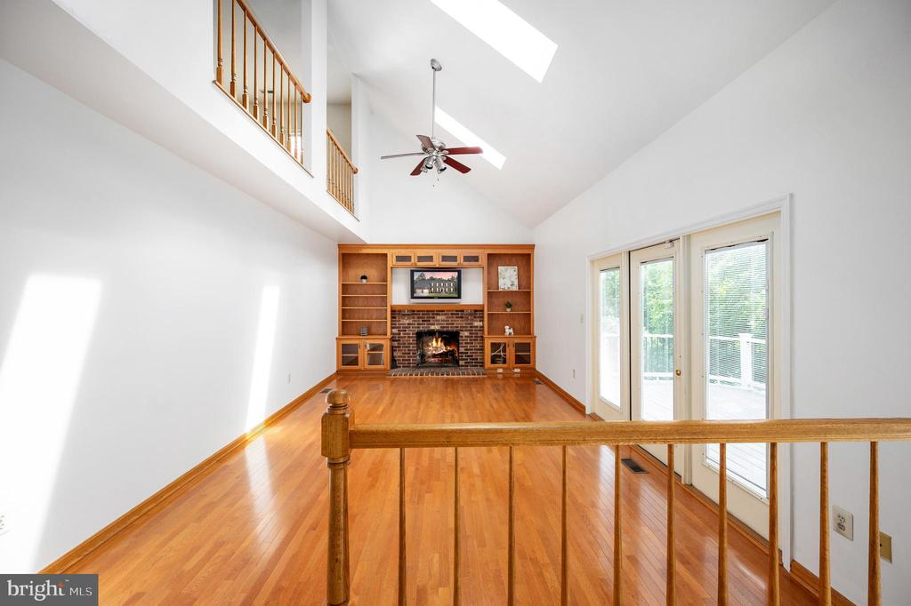 Walk Out to the Deck from the Family Room - 9 OAKBROOK CT, STAFFORD