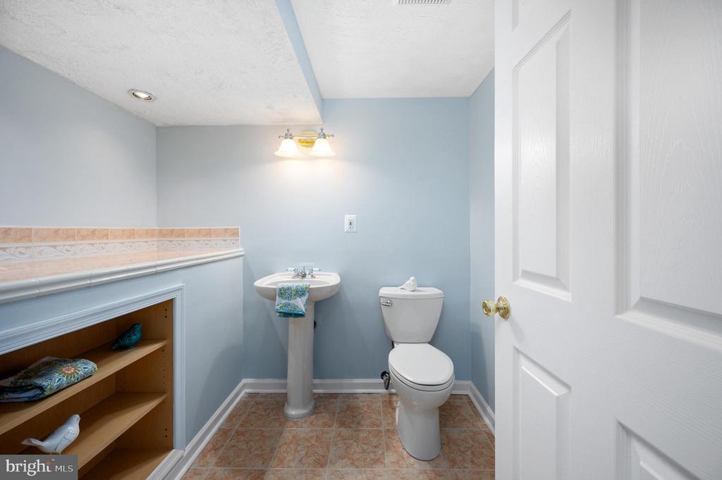 Half Bath in Lower Level - 9 OAKBROOK CT, STAFFORD