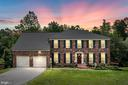 Gorgeous Brick Colonial - 9 OAKBROOK CT, STAFFORD