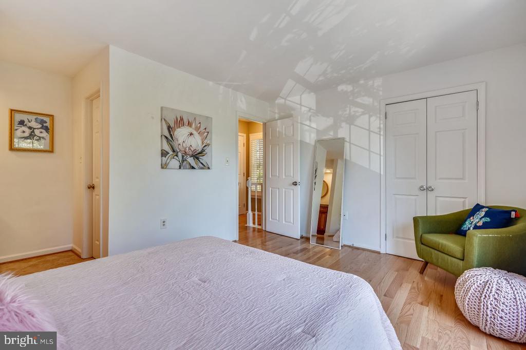 Second bedroom view - 2564-A S ARLINGTON MILL DR S #5, ARLINGTON