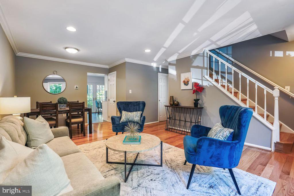 Welcoming Living Room with Recessed Lighting - 2564-A S ARLINGTON MILL DR S #5, ARLINGTON