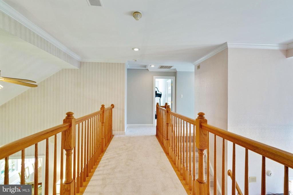 Open Hallway Overlooking Floor Below - 4346 MULCASTER TER, DUMFRIES