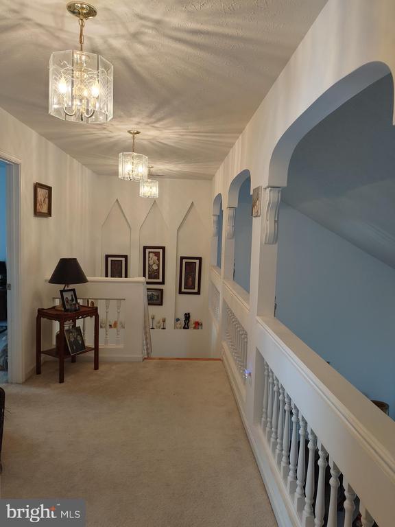 Hallway. - 745 & 747 MERRIMANS LN, WINCHESTER