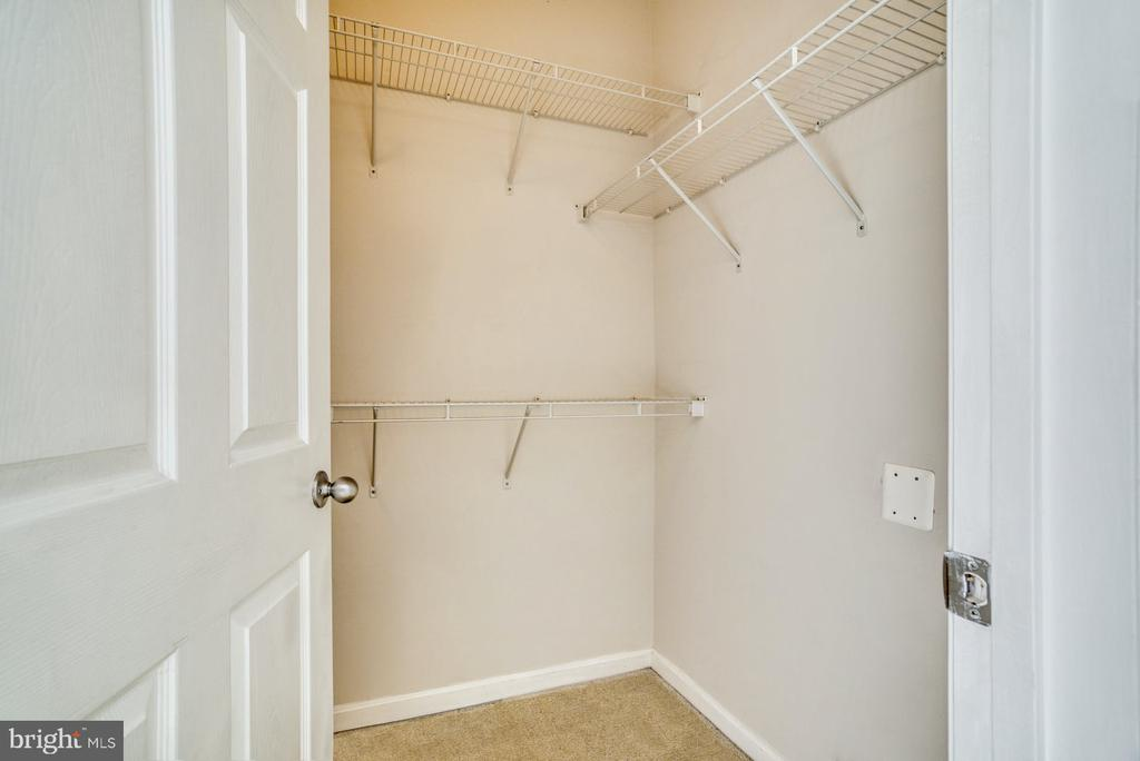 Walk In Closet in Bedroom - 11381 ARISTOTLE DR #10-210, FAIRFAX