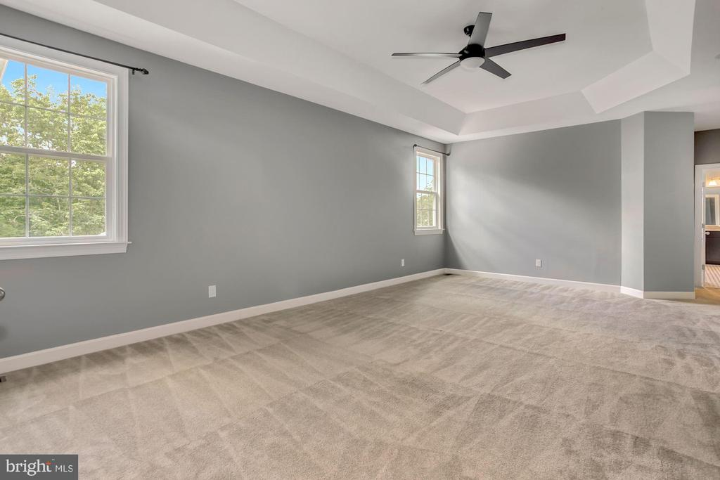 Spacious primary bedroom with dual walk-in closets - 37 DONS WAY, STAFFORD