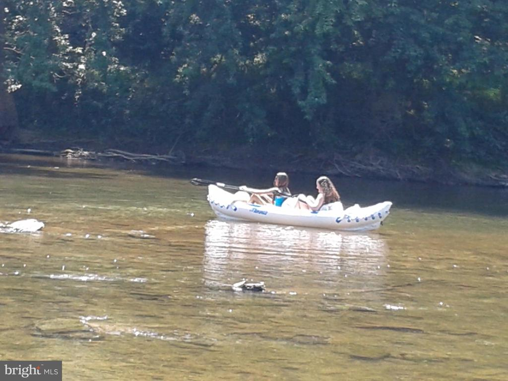 Kayak on the Monocacy River minutes away! - 6304 SPRING FOREST RD, FREDERICK