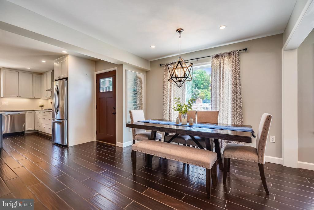 Dining Area has large picture window as well - 111 BAKER ST, MANASSAS PARK