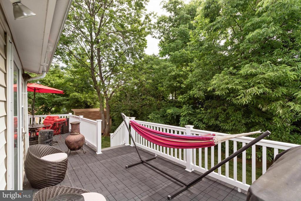 New Deck - 2504 HILLSIDE TER, WINCHESTER