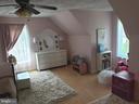 2nd Large Bedroom - 225 ASPEN TRL, WINCHESTER