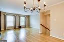 hardwood floors throughout main - 6705 WASHINGTON BLVD #G, ARLINGTON