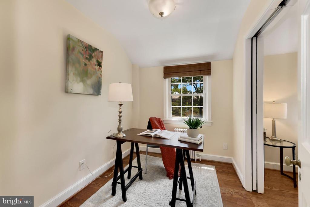 Master Bedroom sitting room/office - 710 N NELSON ST, ARLINGTON