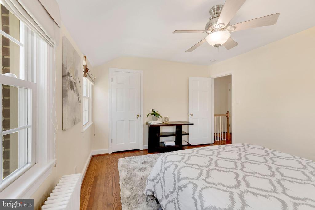 Front Bedroom - 710 N NELSON ST, ARLINGTON