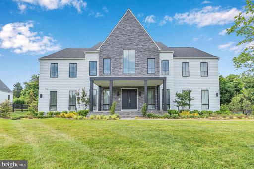 10092 SPARTANS HOLLOW CT