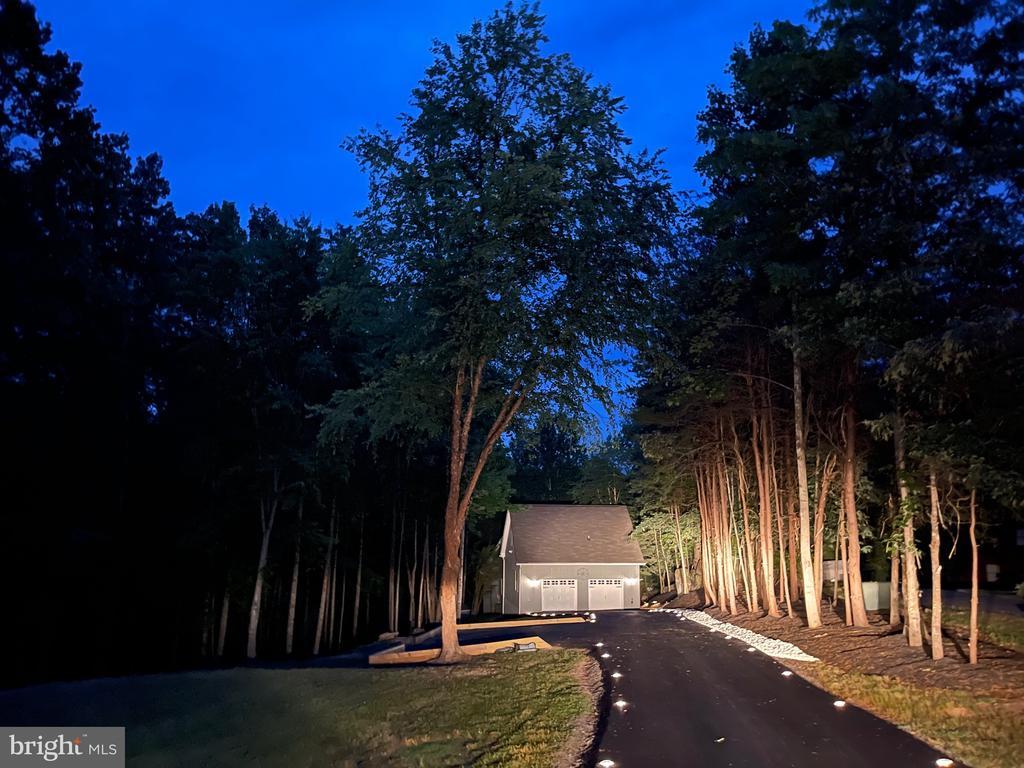 Beautiful at Night! - 16009 CARRINGTON CT, MINERAL