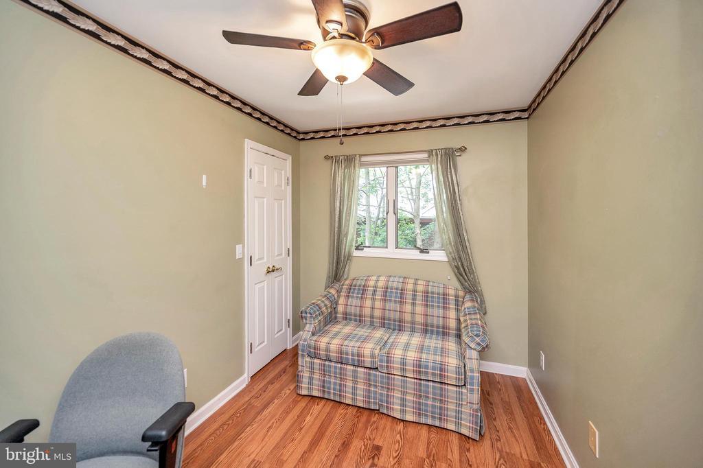 Bedroom 3 or den - 205 PINE VALLEY RD, LOCUST GROVE