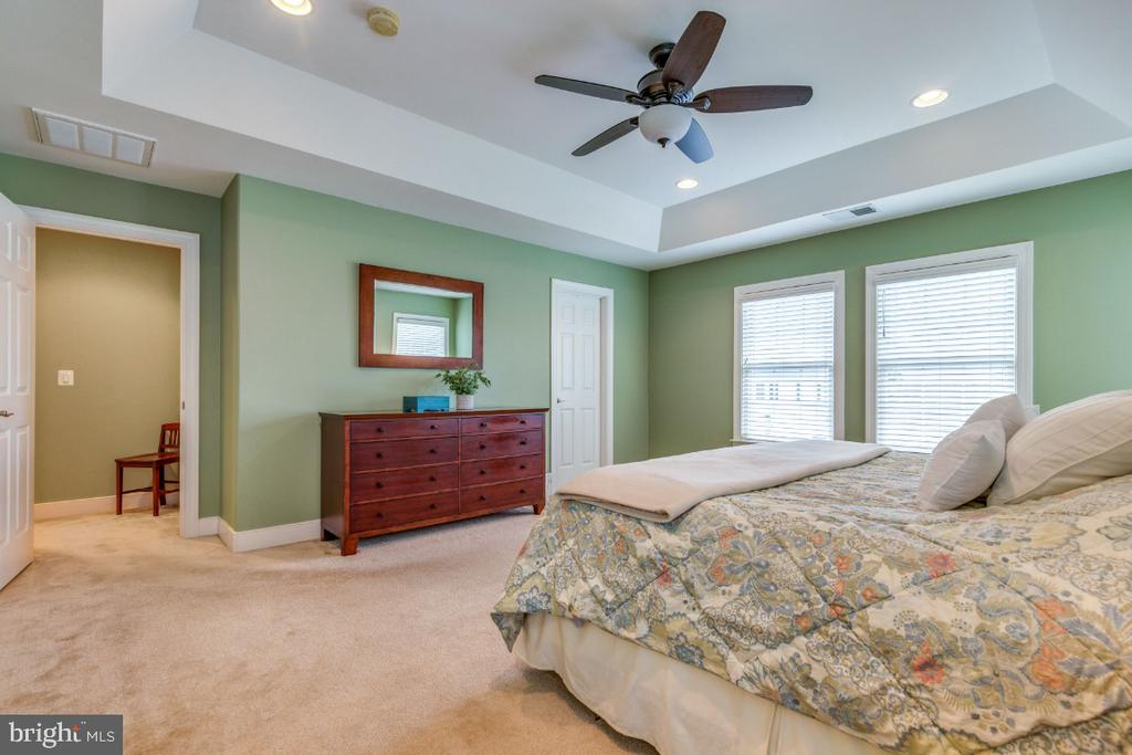 Owners Suite - 41873 REDGATE WAY, ASHBURN