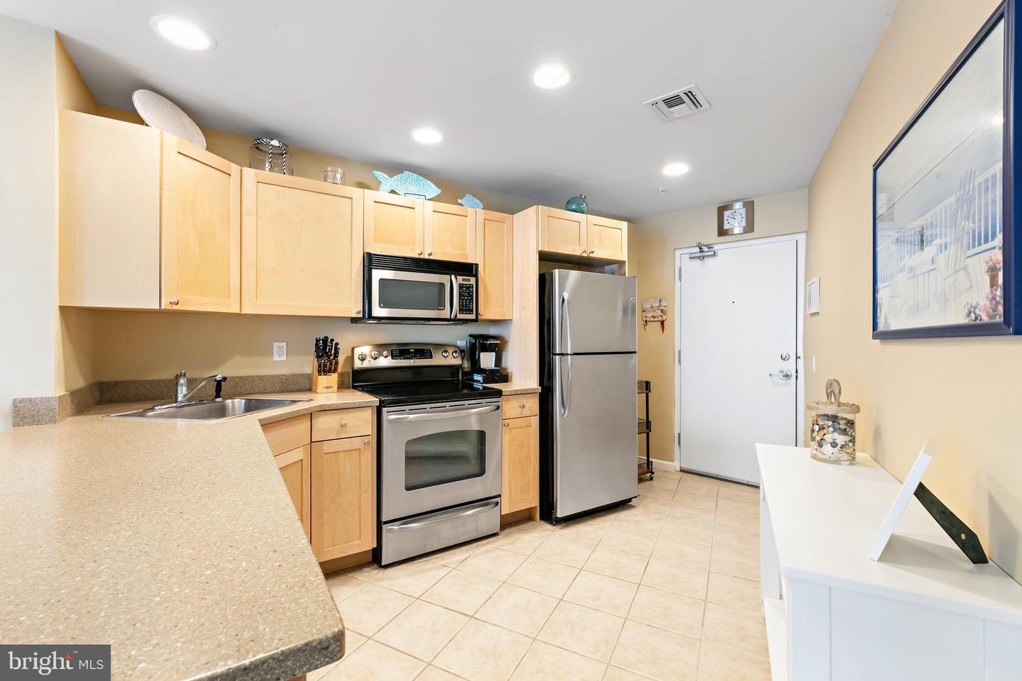1810 CENTRAL AVE #2 - Picture 6