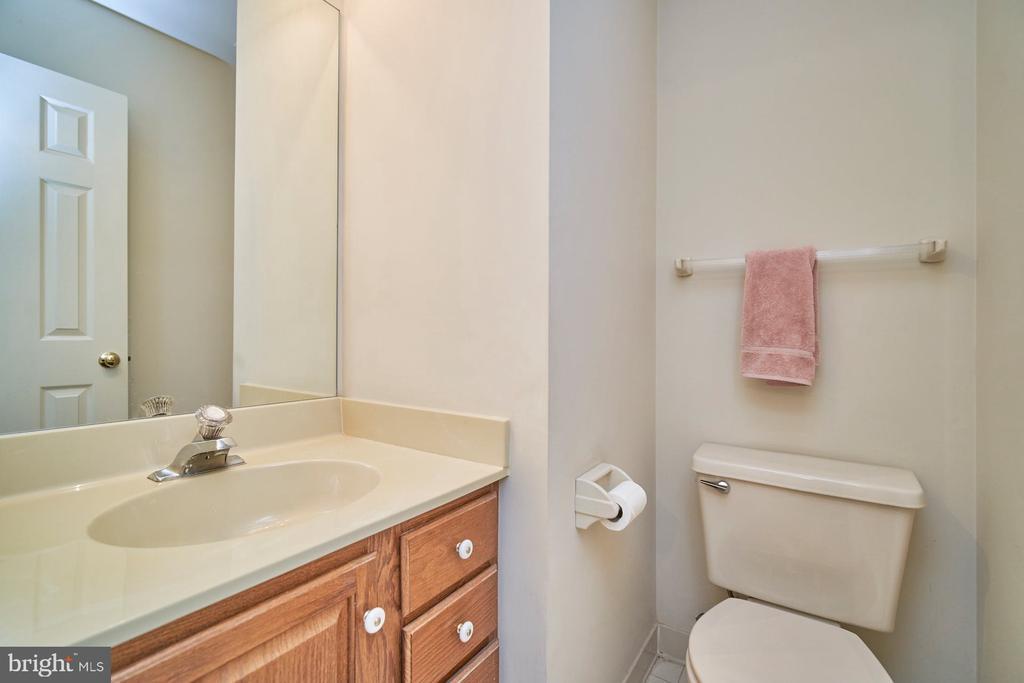 Lower Level Bathroom - 6347 CROOKED OAK LN, FALLS CHURCH