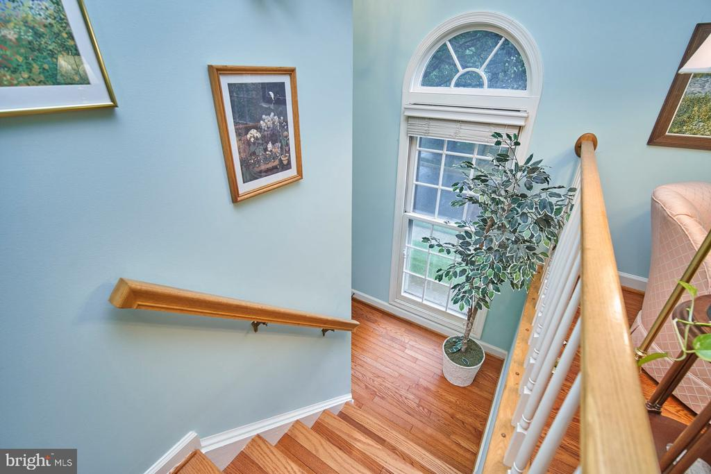 View to Entry Foyer - 6347 CROOKED OAK LN, FALLS CHURCH